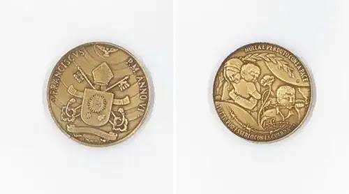 El Vaticano conmemora los 6 años del Pontificado de Francisco con esta medalla
