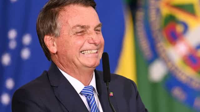 Bolsonaro ironiza pedidos de quebra de sigilo na CPI: será que estou nesse bolo?