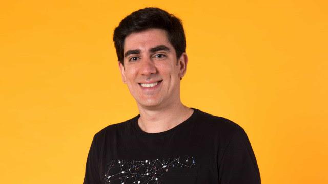 Marcelo Adnet deixa de produzir o Sinta-se em Casa após 110 episódios