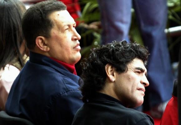 Chávez y Maradona en Cumbre de los Pueblos, Mar del Plata. Foto: Ismael Francisco/Cubadebate.