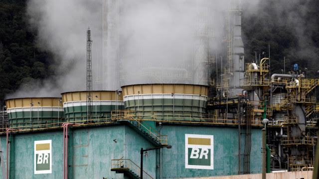 Onda de frio nos EUA pressiona petróleo e política de preços da Petrobras
