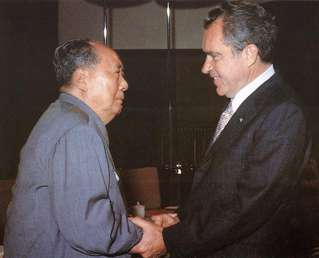 22 năm sau ngày Tổng thống Richard Nixon bắt tay với Mao Trạch Đông, tạo điều kiện cho Trung Quốc hội nhập với thế giới, ông vẫn luôn lo sợ rằng mình đã tạo nên một sai lầm mang tính lịch sử khi thả xổng một con quỷ khát máu như ĐCSTQ.