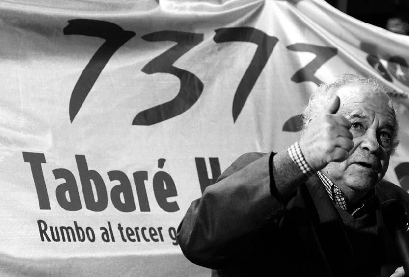Eleuterio Fernández Huidobro anoche, en la presentación de las listas de Montevideo de la CAP-L. / Foto: Nicolás Celaya