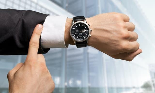 Chiếc đồng hồ vạn năng - Bài học về sự hoàn hảo
