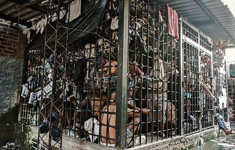 Jail in El<br>                                                          Salvador