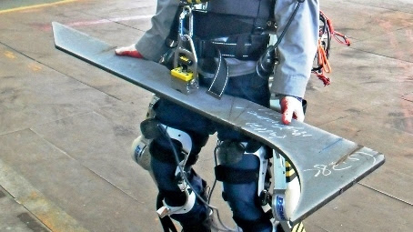 robot-exoskeletos-daewoo-116832