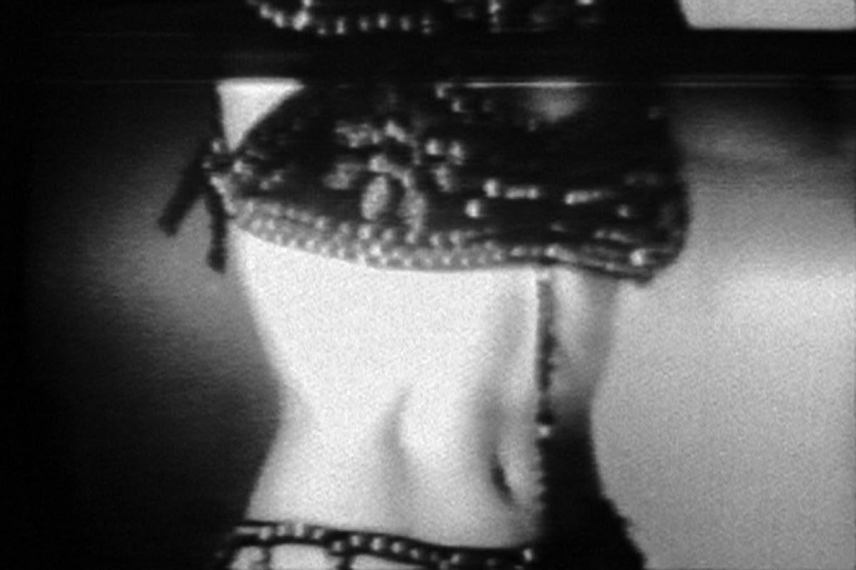 Joan Jonas, Vertical Roll, 1972.