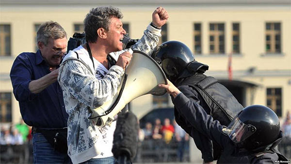 Nemtsov arrested