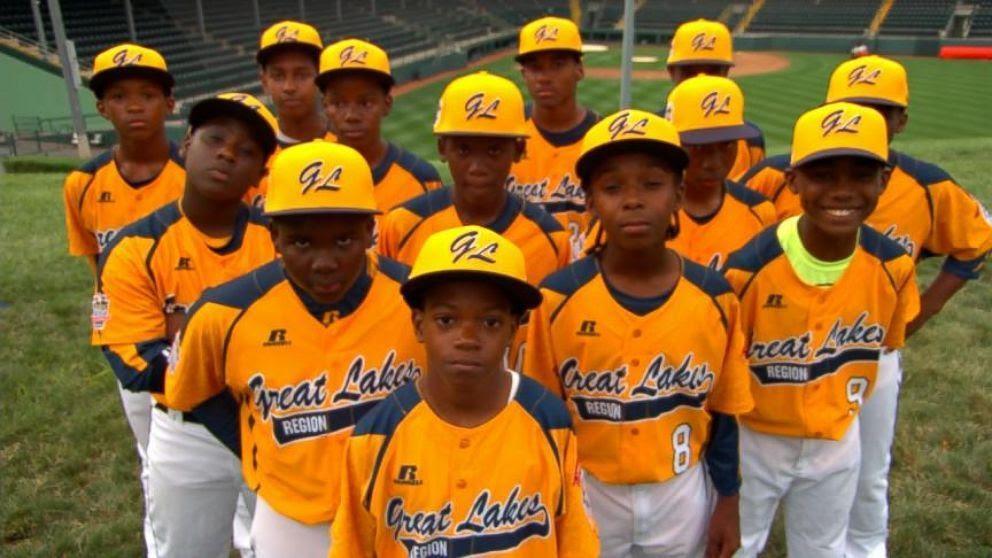 Chicago-Little-League-Team