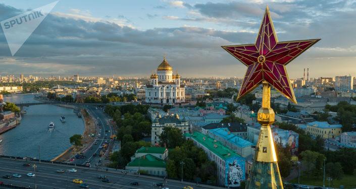 Vistas desde una de las torres del Kremlin de Moscú