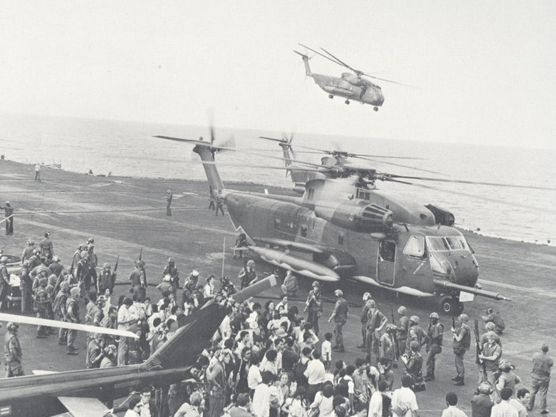 https://bholderman.files.wordpress.com/2010/05/evacuees_offloaded_onto_the_uss_midway.jpg