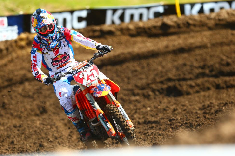 In his first race as points leader Musquin earned a runner-up finish to extend his lead in the standings.Photo: MX Sports Pro Racing / Jeff Kardas