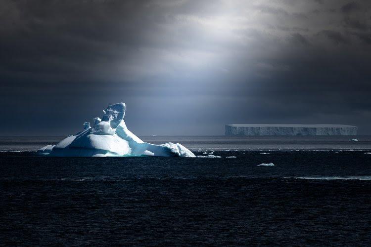 Antarctica Live Aboards.