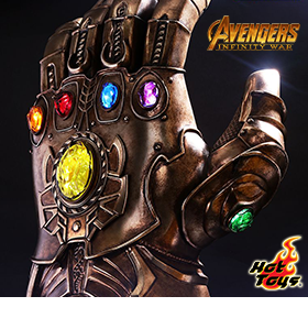 AVENGERS: INFINITY WAR MOVIE MASTERPIECE FIGURES & LIFE-SIZE GAUNTLET