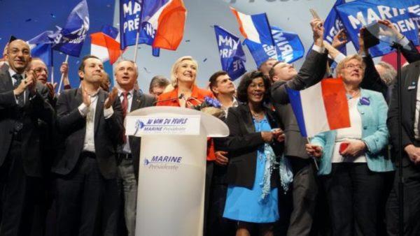 Λεπέν: Η ΕΕ θα πεθάνει, η παγκοσμιοποίηση θα ηττηθεί
