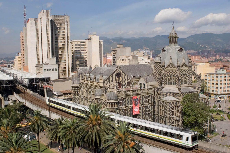 Medellin-ciudad-Colombia-Medellin-Distrito-Especial-Santiago-Leyva-1170x780