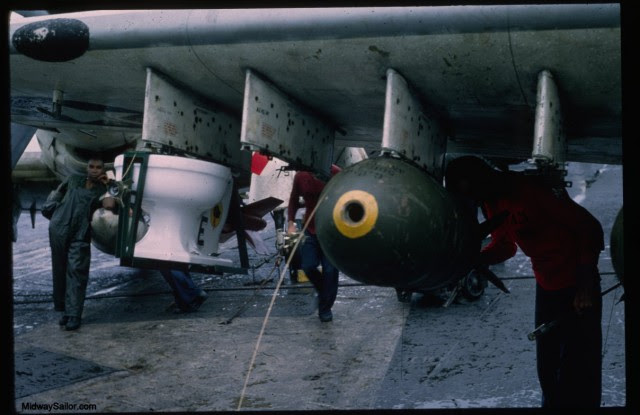va25specbomb-0008b