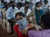 El informe señala que el acceso de los países a las vacunas ha estado marcado por la nacionalidad y el estatus social, en lugar de la equidad y el interés común.