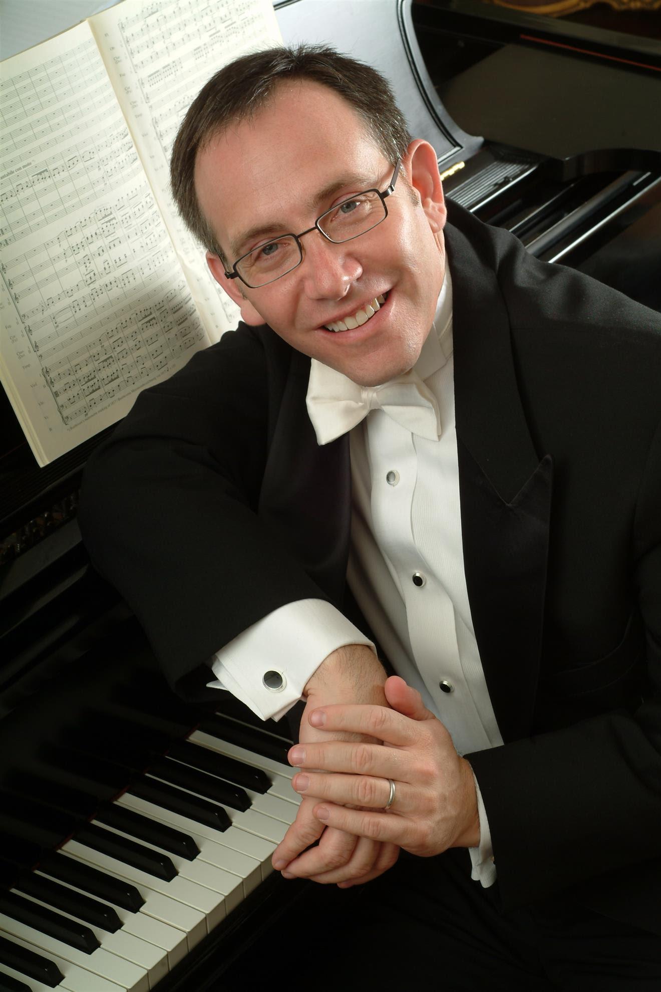 Benjamin Loeb, piano
