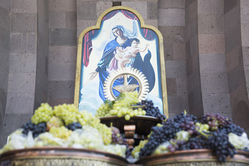 Etchmiadzin Grape Blessing