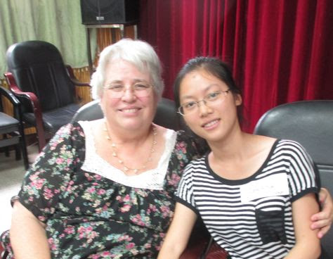 Zeng Aihua with Betty Cutts