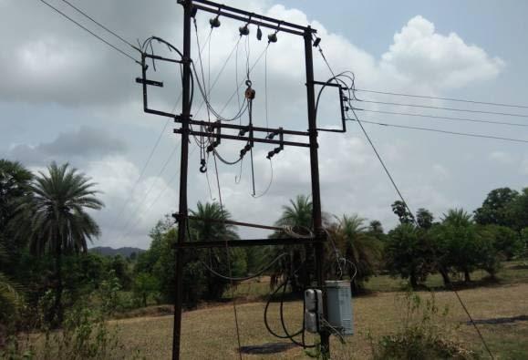 15 दिवसांपासून वीज नसल्याने पालघरमधील शेतकरी हैराण