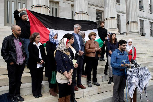 The press conference held on the steps of Brooklyn Borough Hall on 22 October 2014  CREDIT: Twitter