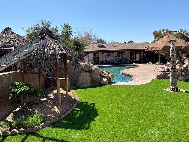 1202 W Amelia Ave Phoenix, AZ 85013 backyard