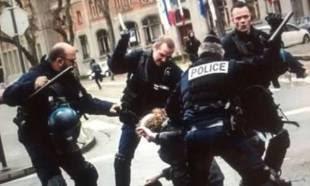 Le peuple français porte plainte contre abus de pouvoir et violences policières sur le peuple français
