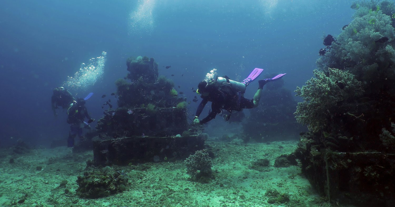 "Diving at the ""Pyramids"" in Bali."