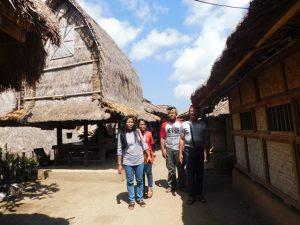 sasak tour di desa sade lombok