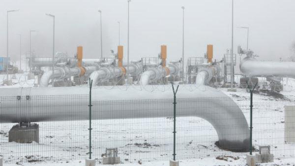 Μεγαλύτερες ενεργειακές περικοπές προτείνει η Επιτροπή