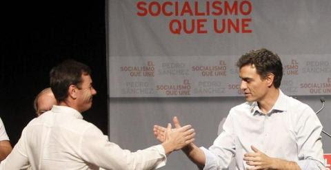 Tomás Gómez junto a Pedro Sánchez. Imagen: EFE