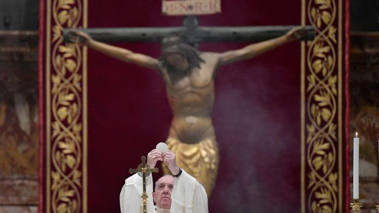 Pope Francis celebrates the Mass of the Lord's Supper in St. Peter's Basilica