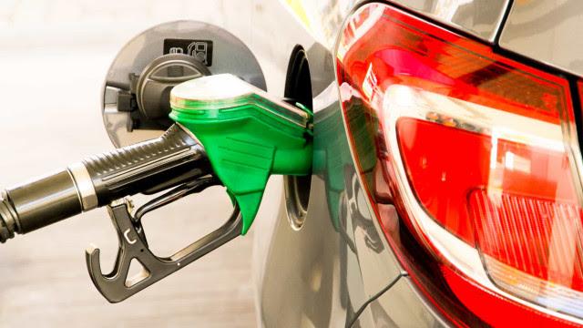 Preço da gasolina chega a R$ 5,49 o litro em São Paulo