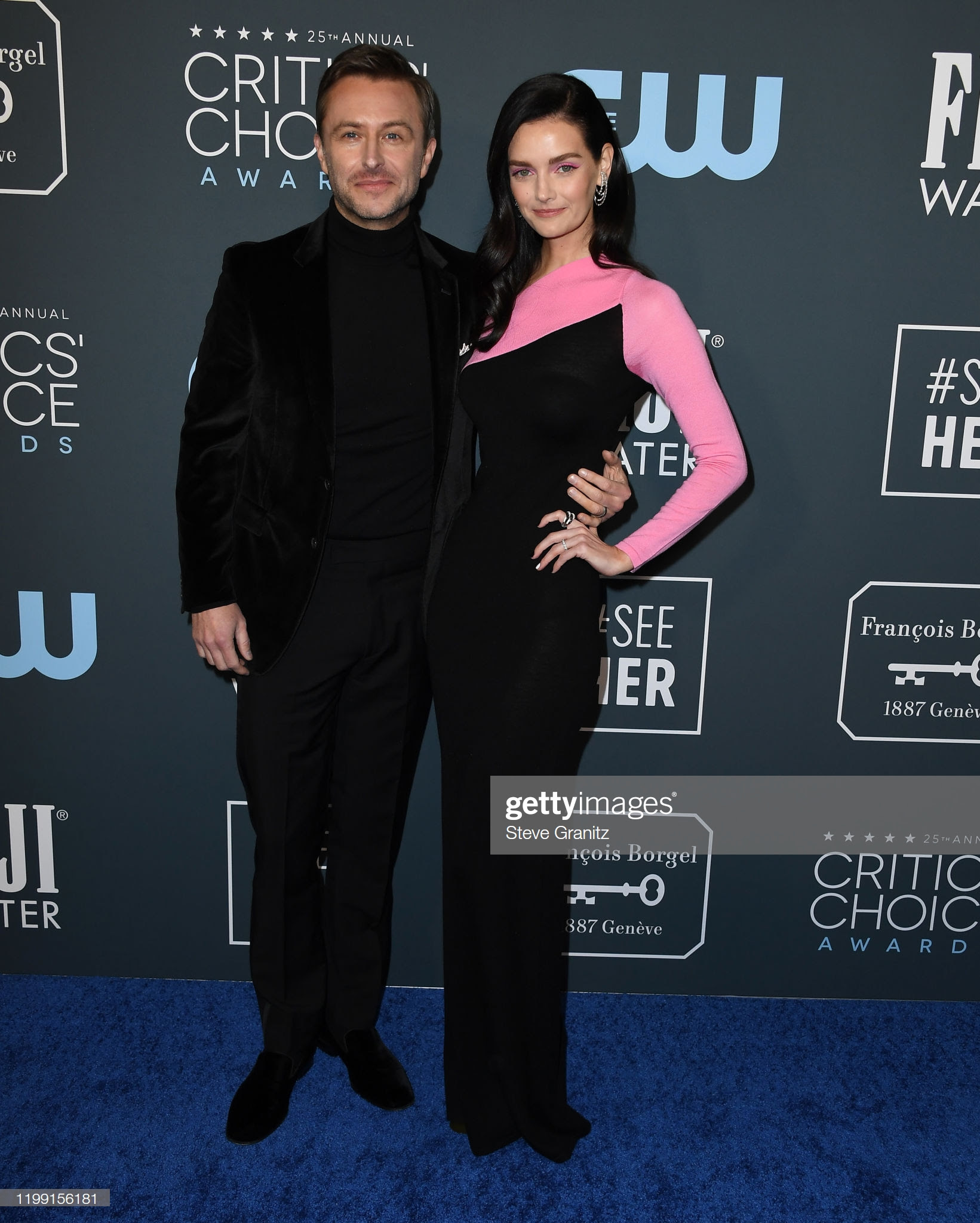 183a4f3e b68f 4513 a04f 01781247a64b - Jennifer Lopez y Emily,entre las celebrities que apostaron por Jimmy Choo en los Critics' Choice Awards