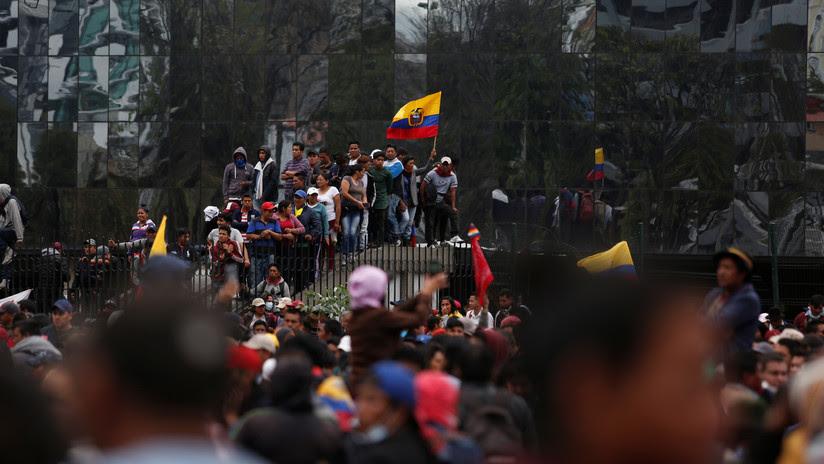 ¿Qué es la 'muerte cruzada' que algunos plantean como solución en Ecuador?