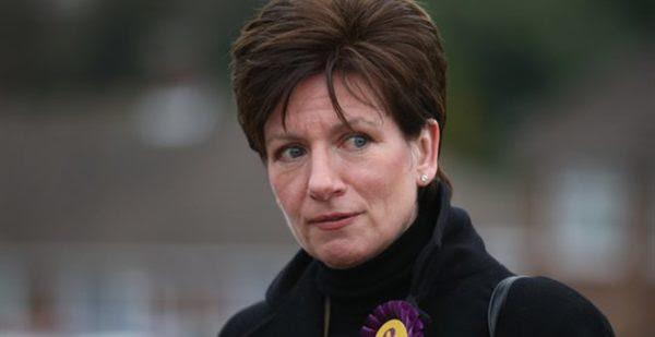 Αλλαγή σελίδας στην ηγεσία του UKIP