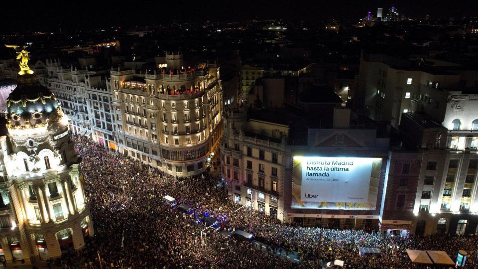 Una multitud se manifestó en Madrid por el 8M.