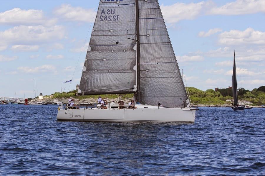 J/122 sailing at start of Newport to Bermuda race