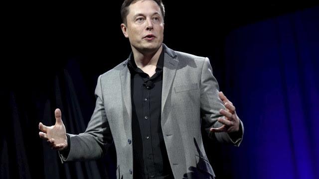 Invasão ao Capitólio leva Elon Musk a criticar Facebook