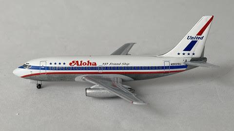 ACN9029U | Aero Classics 1:400 | Boeing 737-200 Aloha United scheme N9029U