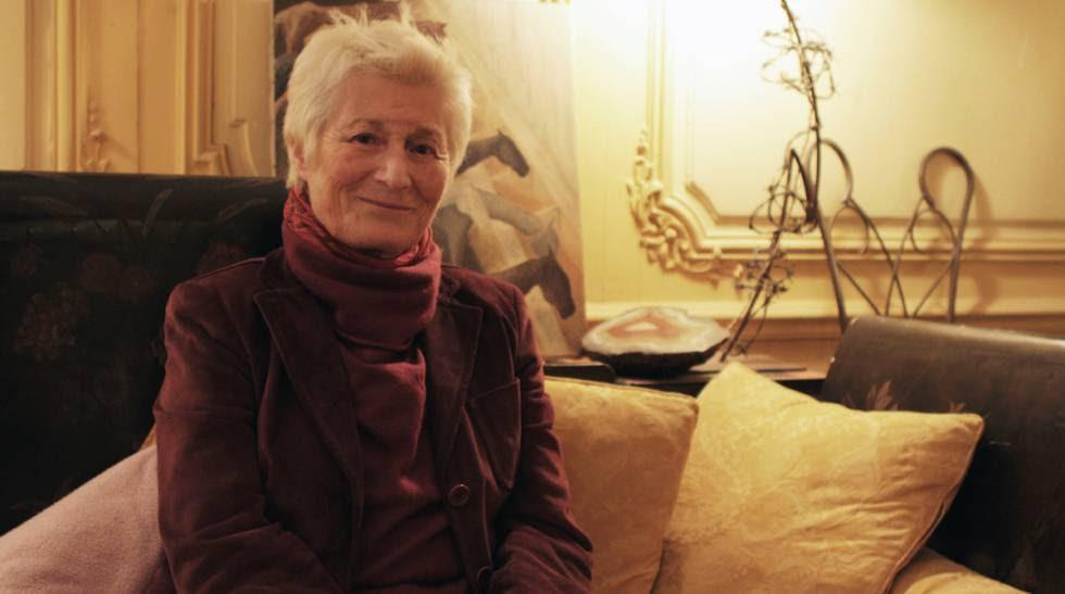 La abogada y activista por los derechos de las mujeres,  Linda Weil-Curiel, en su casa de París.