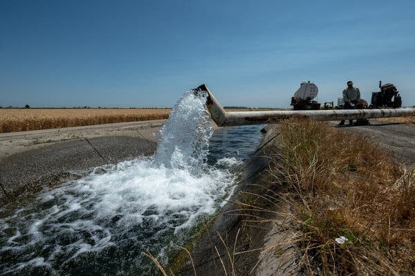 Fritz Durst, a rice farmer, pumped groundwater in the Central Valley this month.