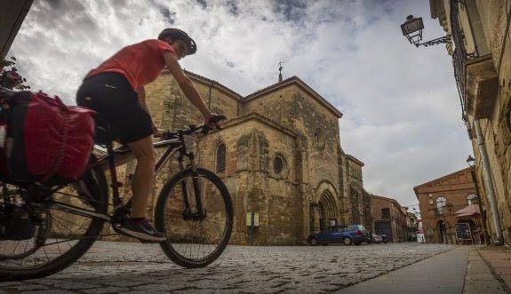 Bicigrino camino de Santiago en bicicleta y cicloturismo