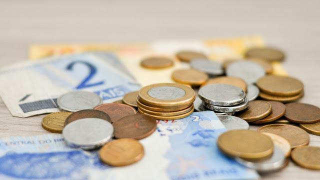 Arrecadação federal cresce 7,3% com pagamento de impostos adiados