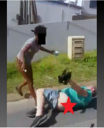 Drama as Prostitute Beats the Hell Out of Customer Who Refused to Pay Her After S*x