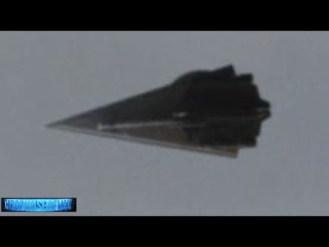 UFO News - Diamond UFO Passes Over Freeway In Orlando, Florida plus MORE Sddefault
