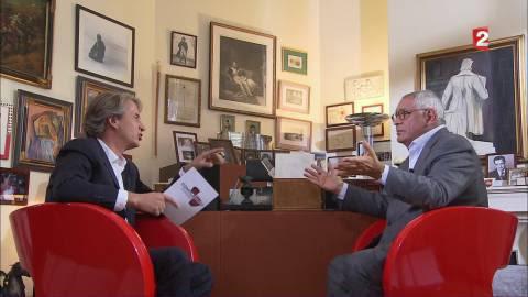 """VIDEO. Françafrique, costumes de Fillon... Robert Bourgi se met à table dans """"Complément d'enquête"""""""