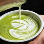 Por Que Trocar a Sua Xícara de Café Matinal por Matcha